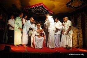 ಶ್ರೀಶ್ರೀಧರ ಹೊಳ್ಳ ಶೆಟ್ಟಿಕೆರೆ ಸಾಸ್ತಾನ ಇವರನ್ನು ಸನ್ಮಾನಿಸಲಾಯಿತು